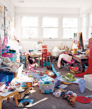 messy-playroom